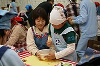 親子でキユーピー工場見学とコーミ手作りケチャップ体験03